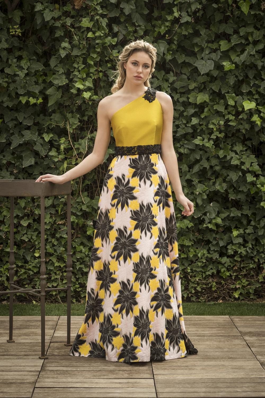 Vestidos largos amarillos con flores
