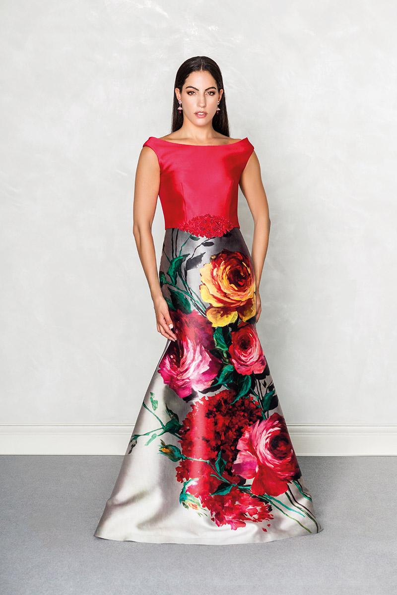 24746c18d6 Que se enteren todos de lo que nos gusta una flor y cómo decirlo mejor que  luciendo este despampanante vestido largo