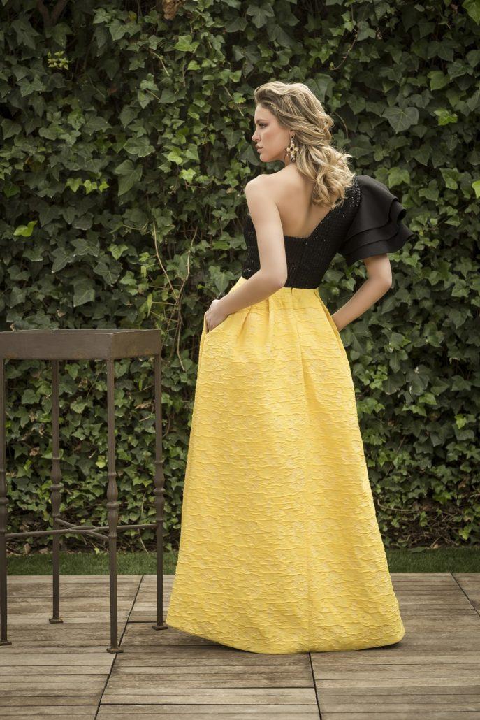 vestido de fiesta asimétrico