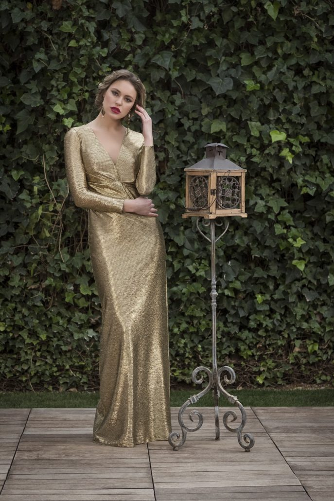 vestido largo dorado fiesta