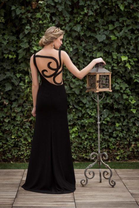 vestido largo negro elegante