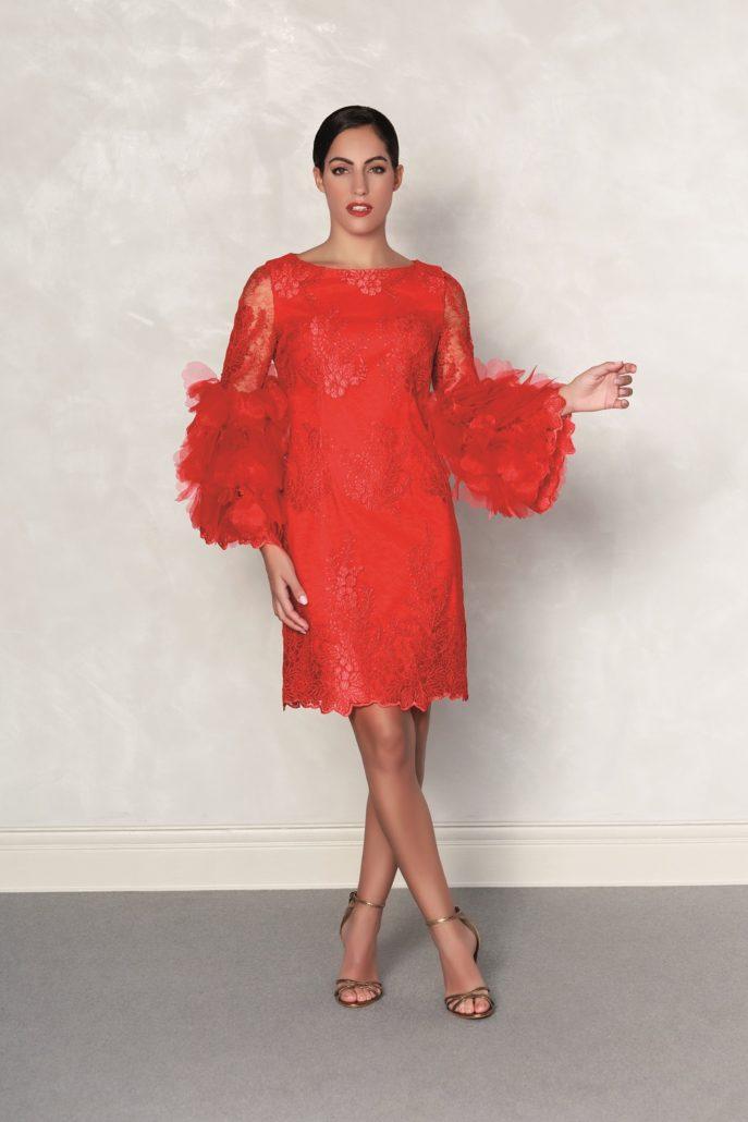 vestido rojo fiesta con mangas