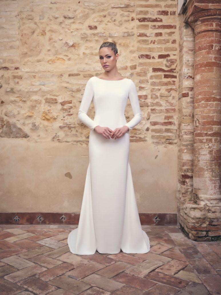 vestido de novia elegante con mangas largas