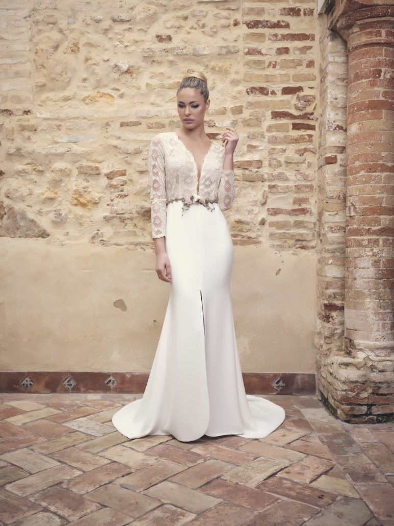 Wedding dress with lace body and belt