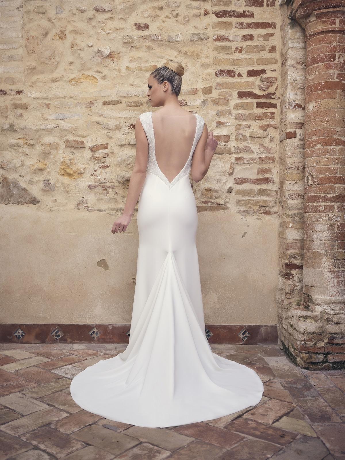 Vestido de novia espalda v baja