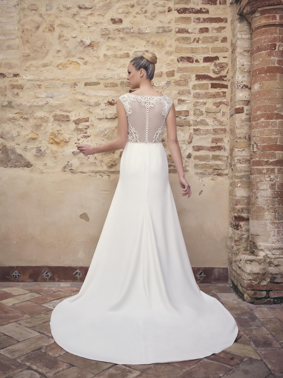 Vestido de novia espalda con encaje