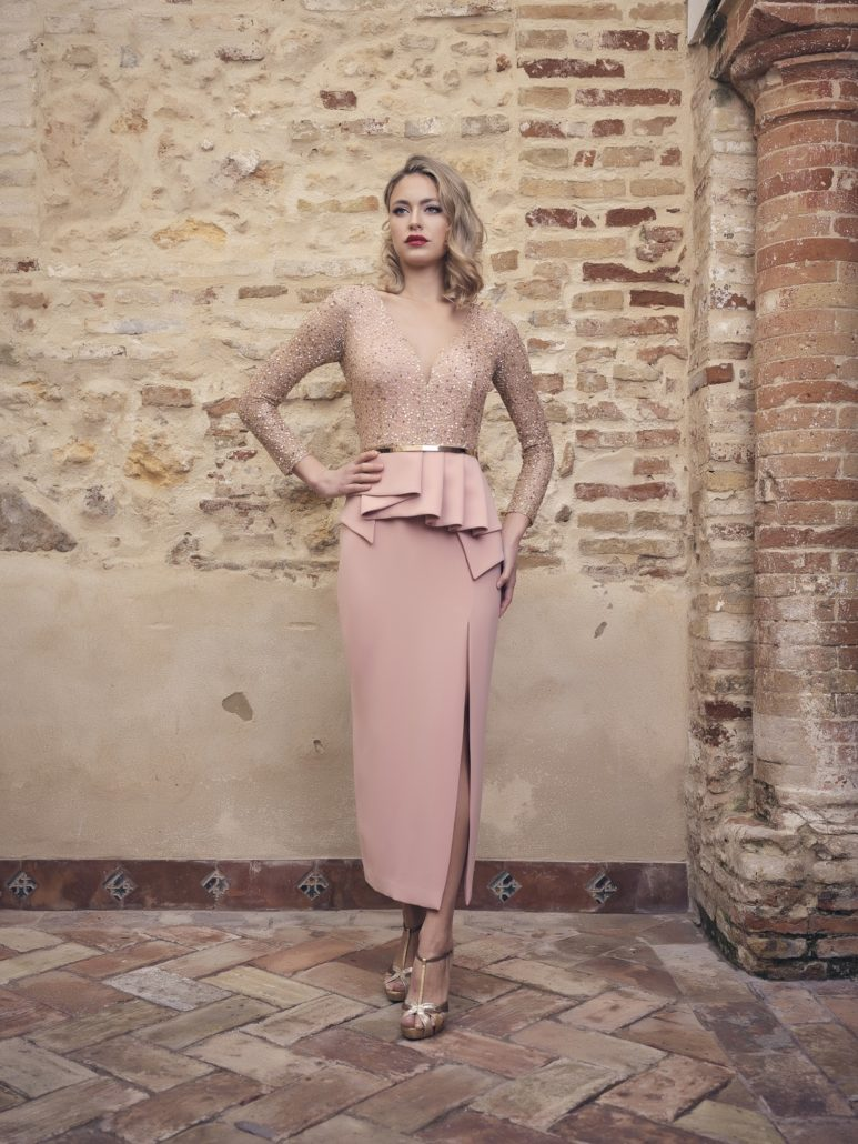 Vestido para madrina de tubo color rosa
