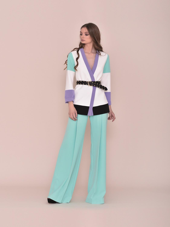 Chaqueta de vestir con toques turquesa 2020