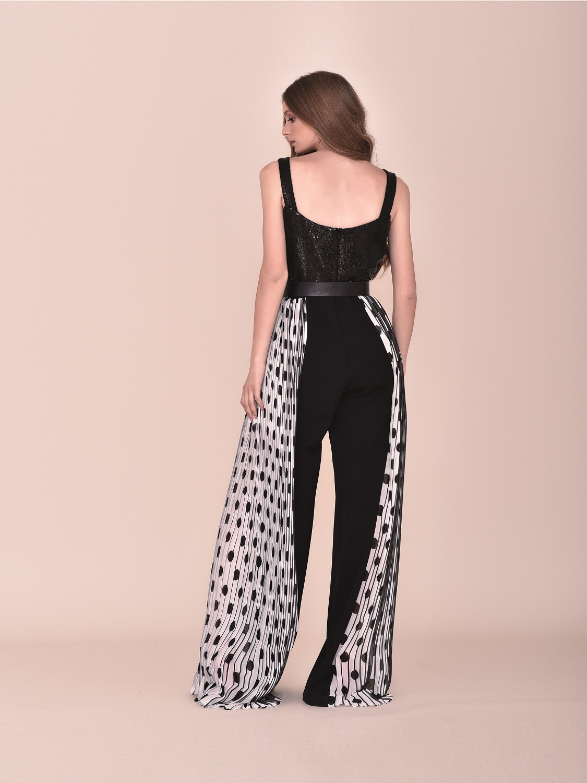 Conjunto con pantalón de vestir gaseoso con top floral 2020