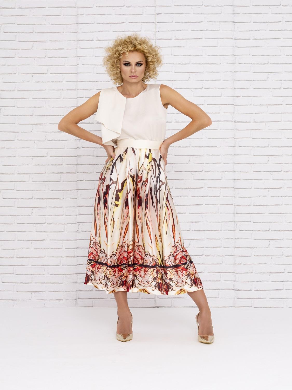 Conjunto de vestir con falda estampada en colores tierra 2020