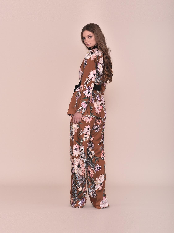 Conjunto fiesta pantalón y kimono floral 2020