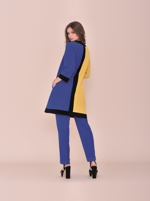 Conjunto pantalón con levita tricolor tipo retro verano 2020