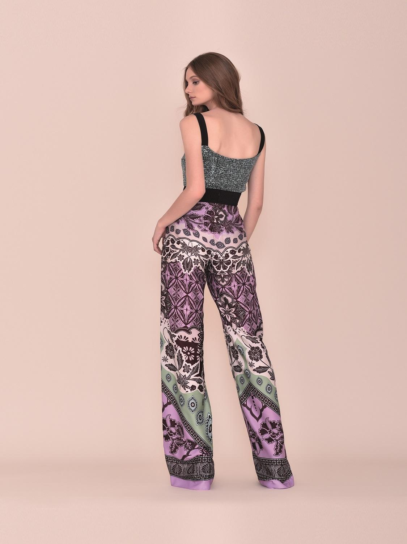 Conjunto pantalón de fiesta en tonos burdeos y verdes verano 2020