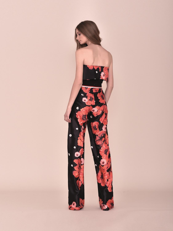 Conjunto pantalón negro y rojo con flores y top palabra de honor comunión 2020 Style