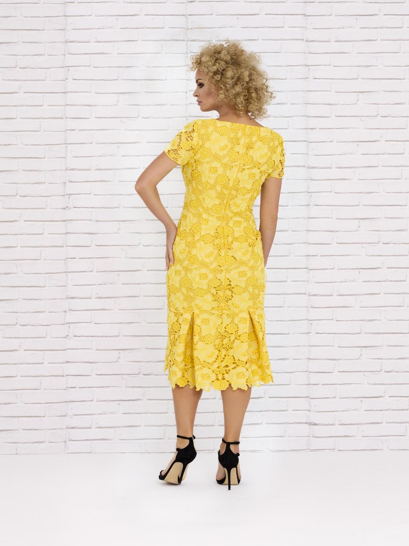 Vestido de cóctel corto amarillo verano