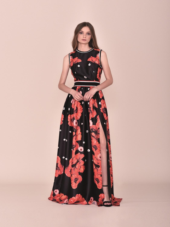 Vestido de fiesta largo negro con detalles florales