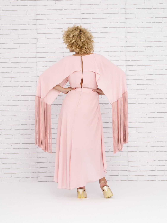 Vestido de fiesta primaveral con chal y flecos 2020