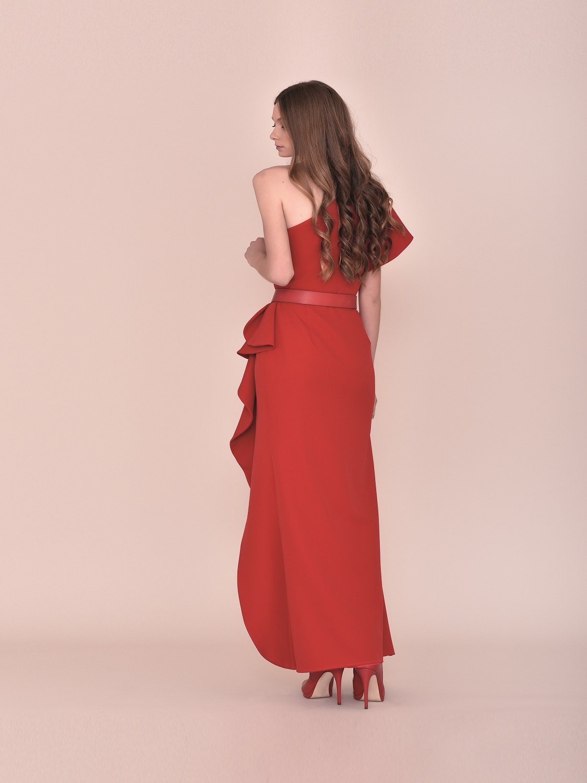 Vestido de fiesta rojo corte moderno 2020