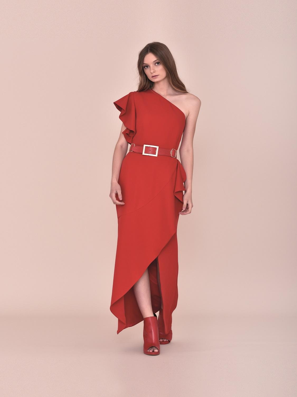 Vestido de fiesta rojo corte moderno