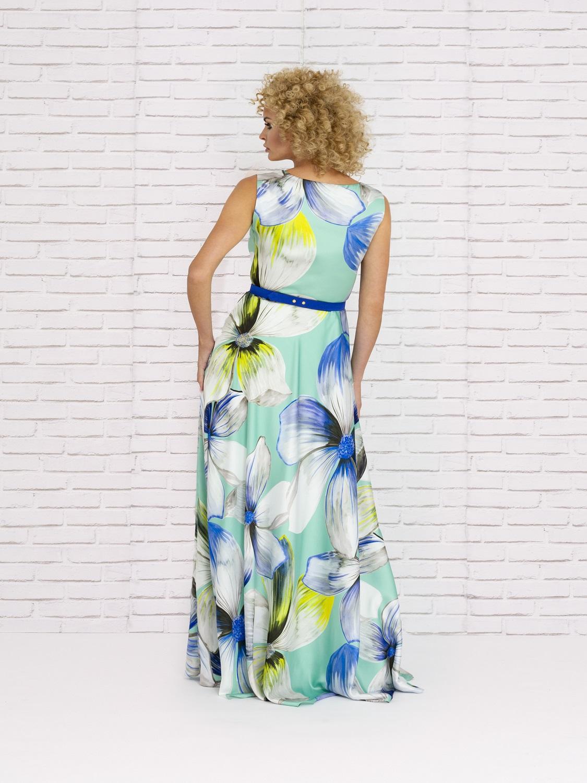 Vestido largo veraniego en tonos azules 2020