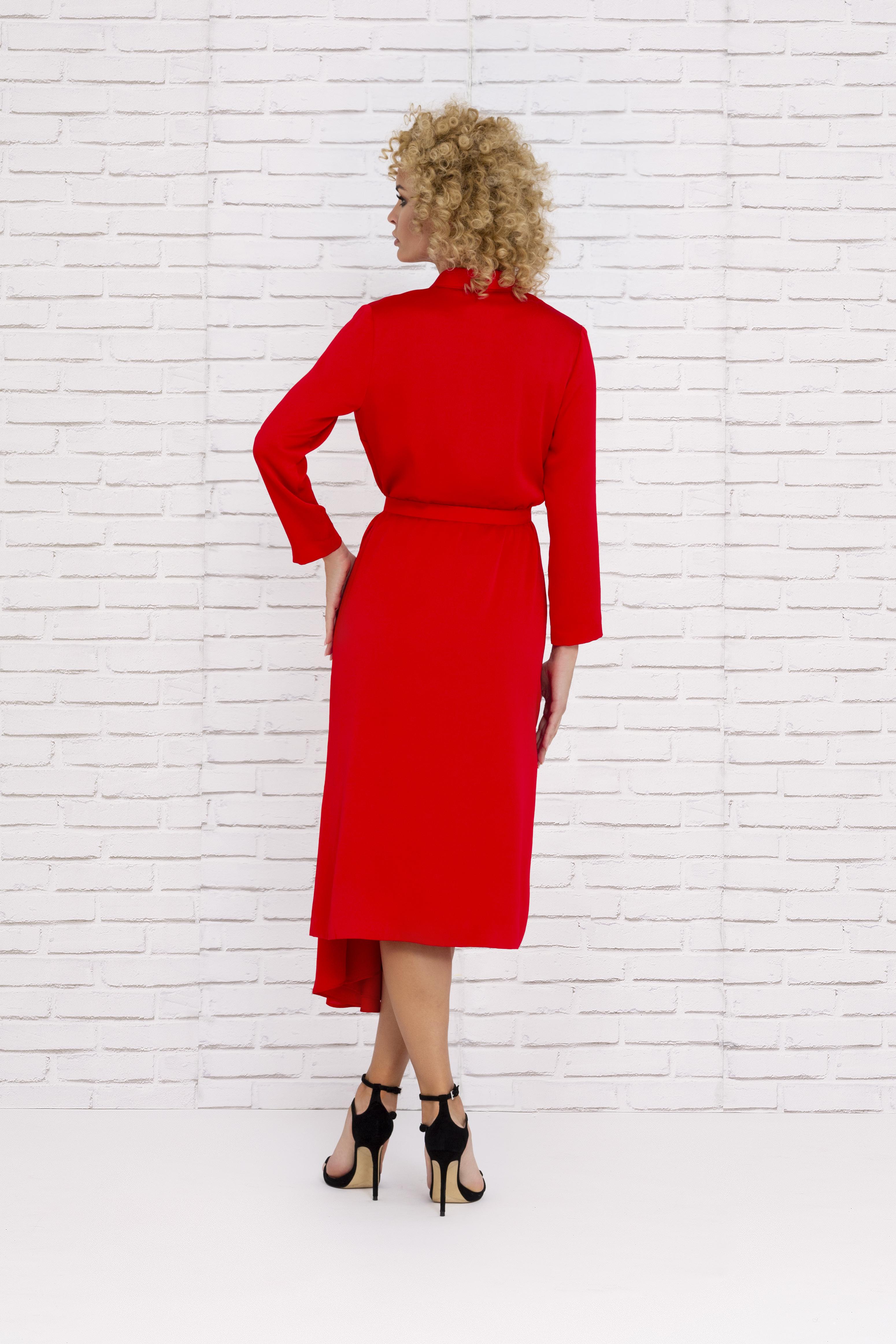 Vestido rojo de fiesta con corte asimétrico y mangas 2020