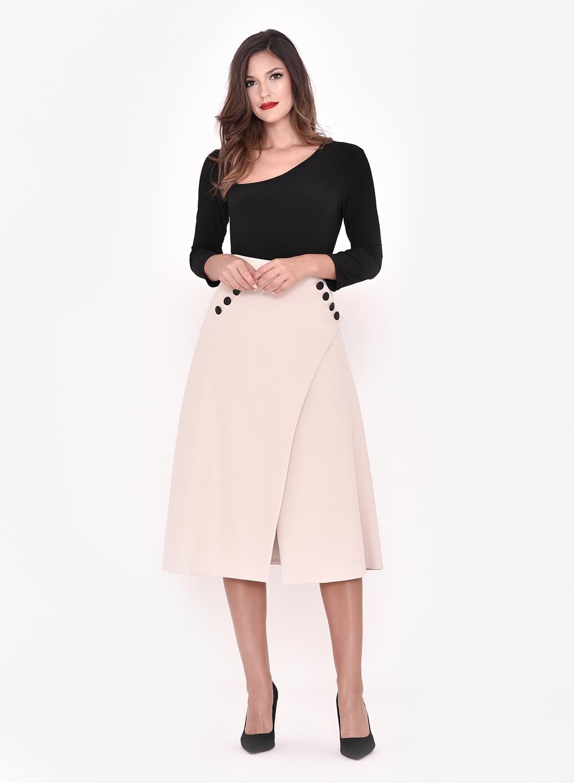 Falda cruzada elegante
