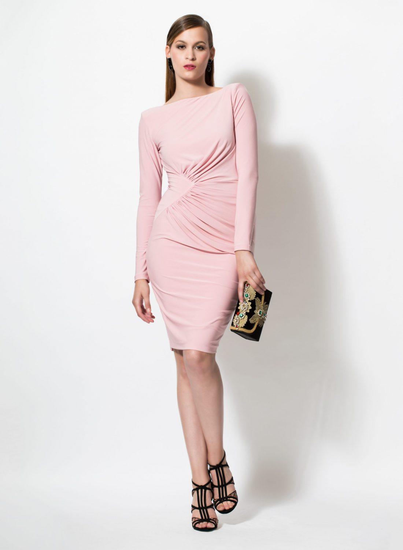Vestido rosa de punto elegante